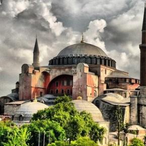 Ayasofya'da Kuran okumak